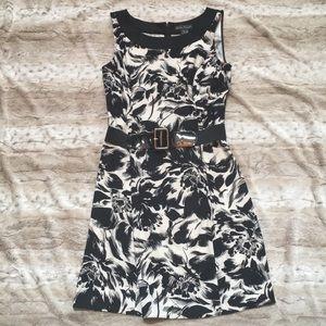 Dresses & Skirts - Black/White Print Dress